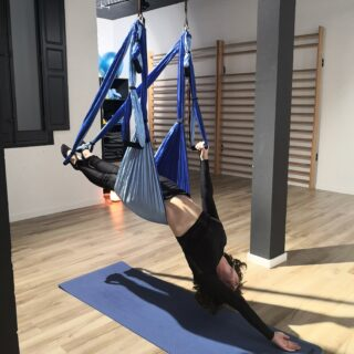 yoga en columpio
